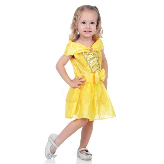 Fotografia de menina com linda fantasia de bebê Bela princesa