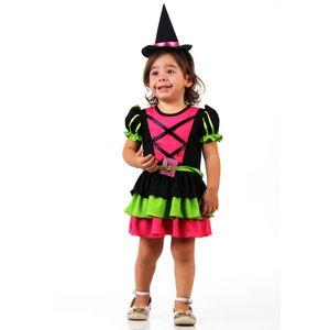 Foto de menina com fantasia de bebê Bruxa