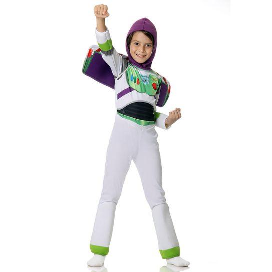 Menino com fantasia infantil Buzz Toy Story
